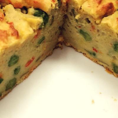 Κέικ αλάδωτο με αβοκάντο και λαχανικά