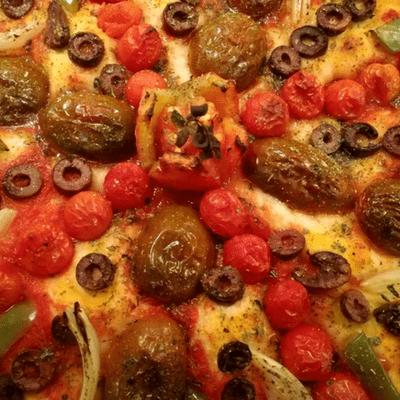 Νηστίσιμη pizza με λαχανικά